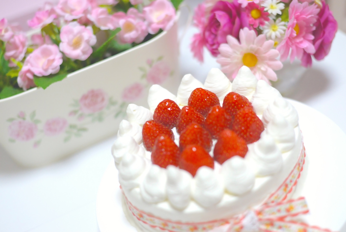 Strawberry Shortcake Cake With Lattice Top