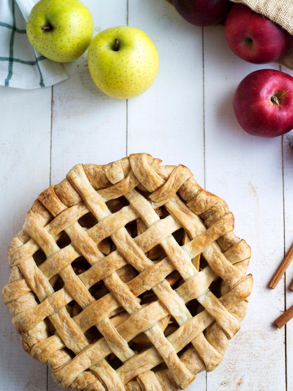Apple Pie Recipe Mimiclaire Kitchen Baking Desserts_02