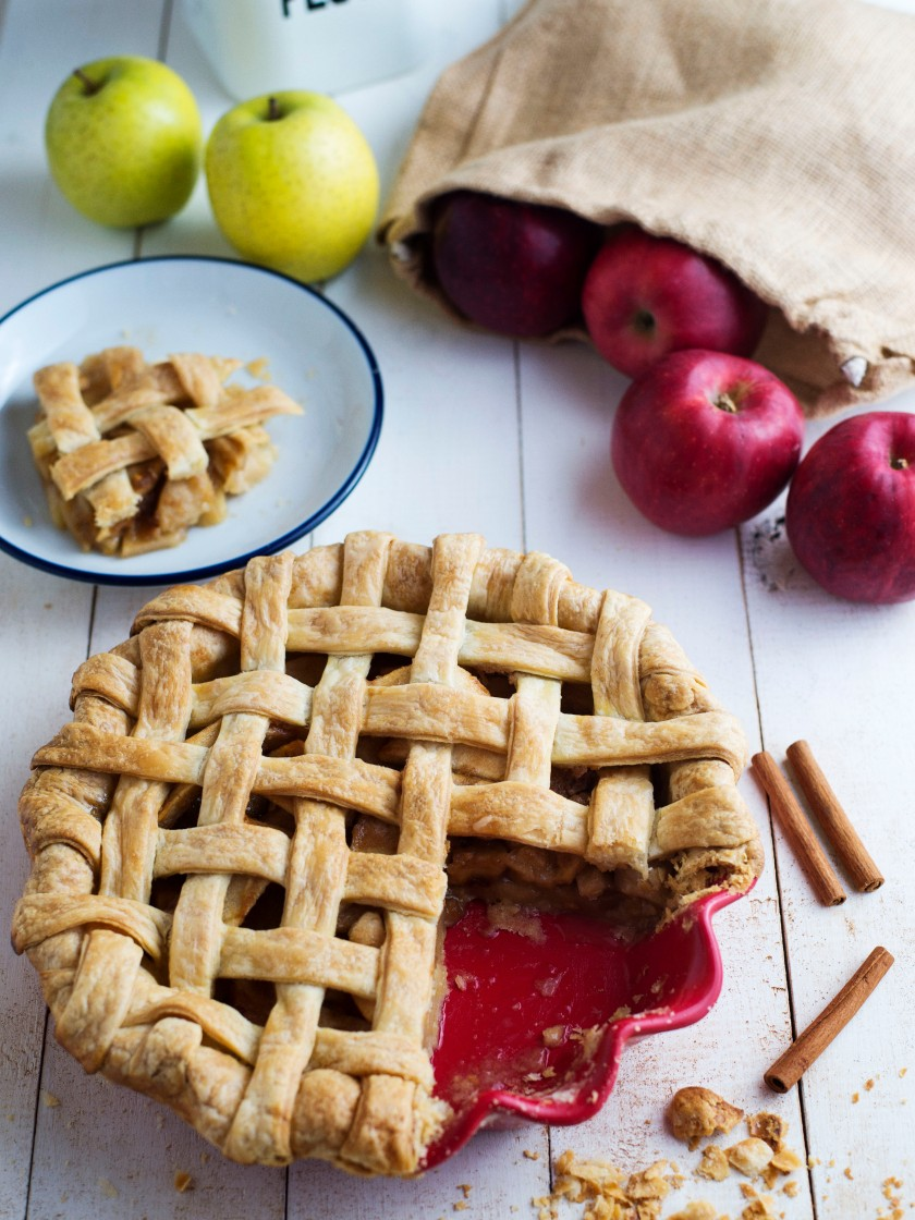 Apple Pie Recipe Mimiclaire Kitchen Baking Desserts_05
